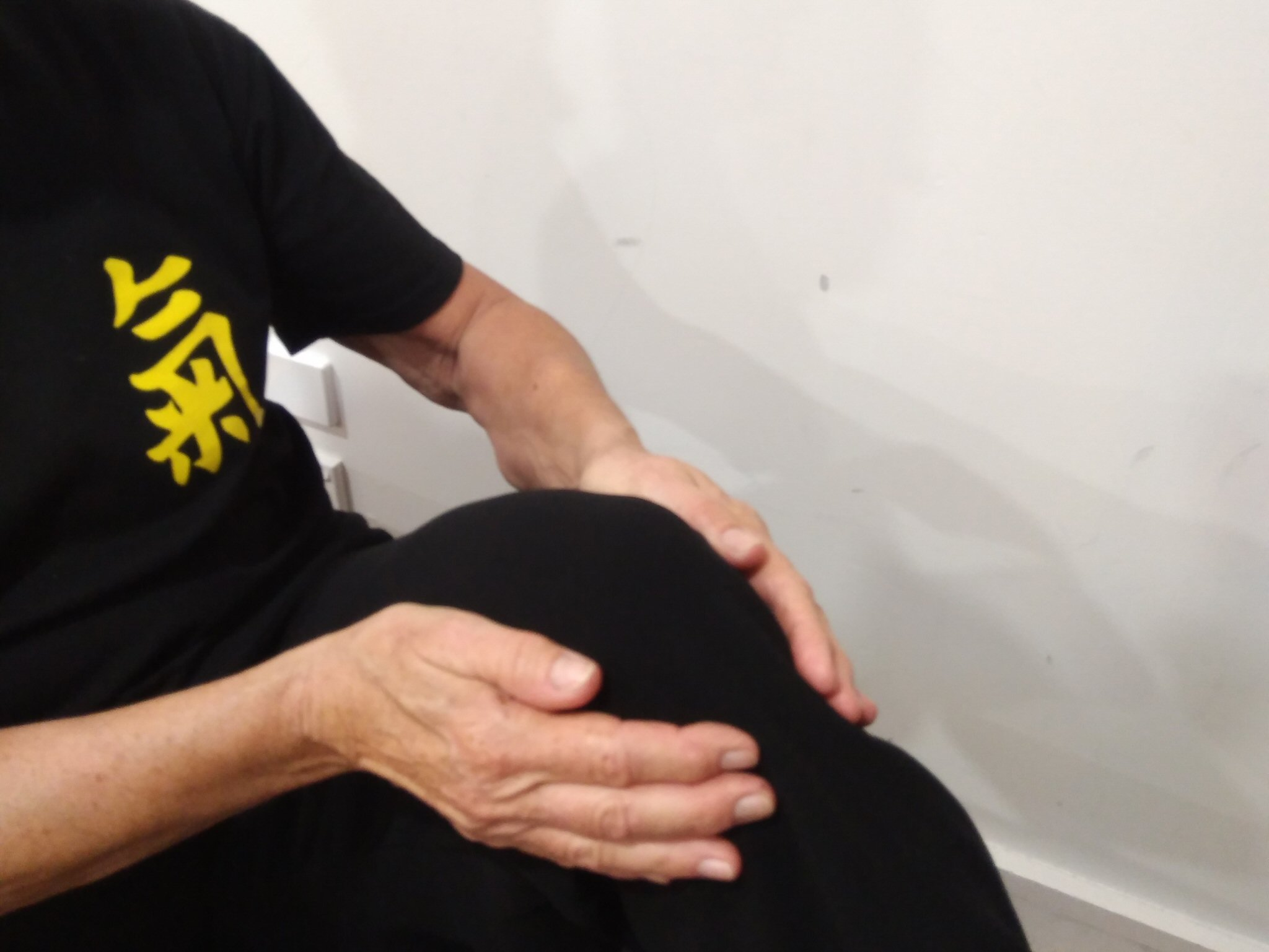 Acu-Points and Exercises for Pain Relief (Knee)